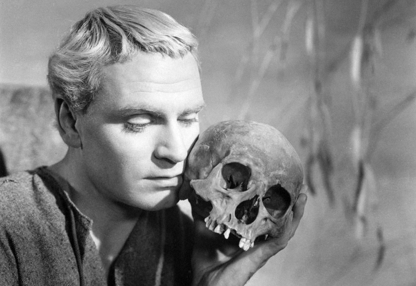 use of antithesis in hamlet